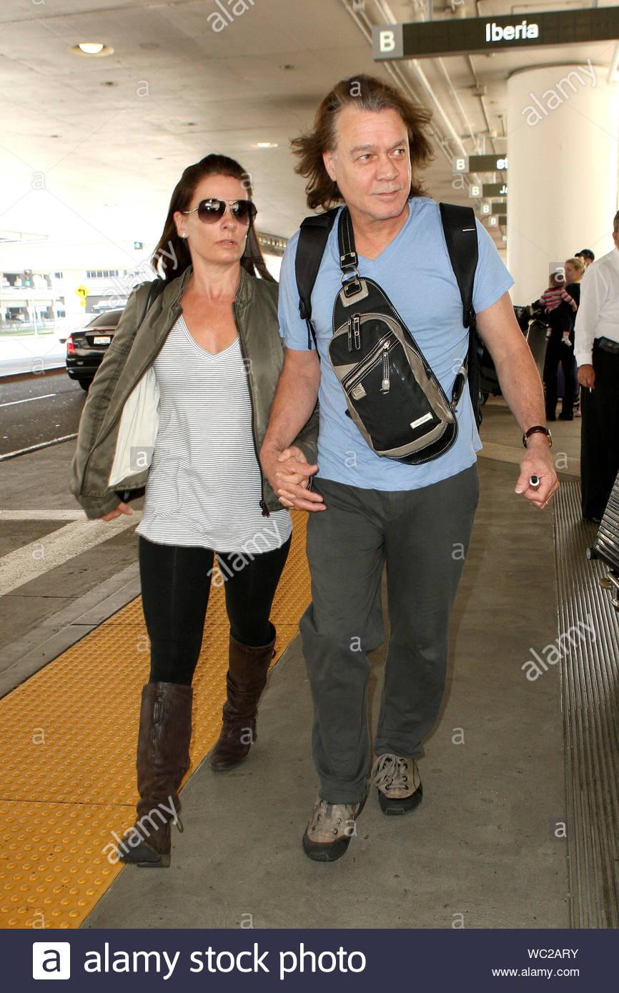 Los Angeles Ca Eddie Van Halen And Wife Janie Liszewski Touch Down At Lax This Afternoon