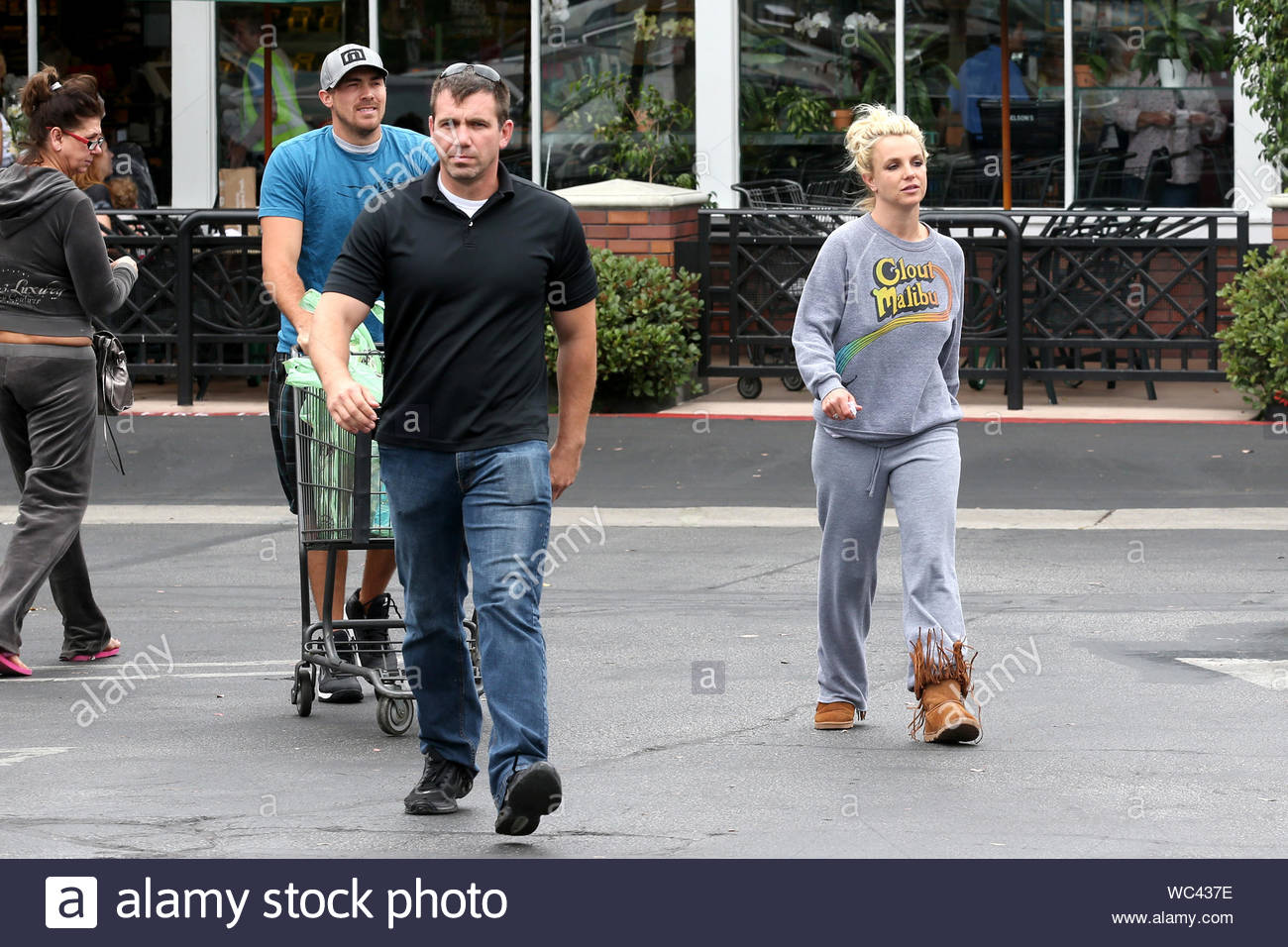 Thousand Oaks Ca Britney Spears Is Still Half Asleep While Running Errands With Her Boyfriend David Lucado And A Bodyguard In Thousand Oaks The Pop Superstar Donned A Grey Clout Malibu