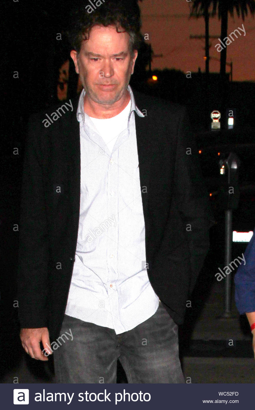West Hollywood Ca Timothy Hutton And His Son Milo Arrive For Dinner Together At Craig S Restaurant In West Hollywood The Seasoned Actor Dressed Casual In A Sports Coat Dress Shirt And