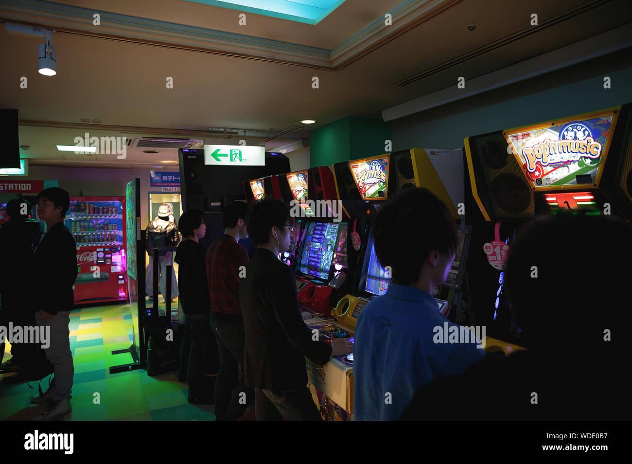 Hustler casino jobs
