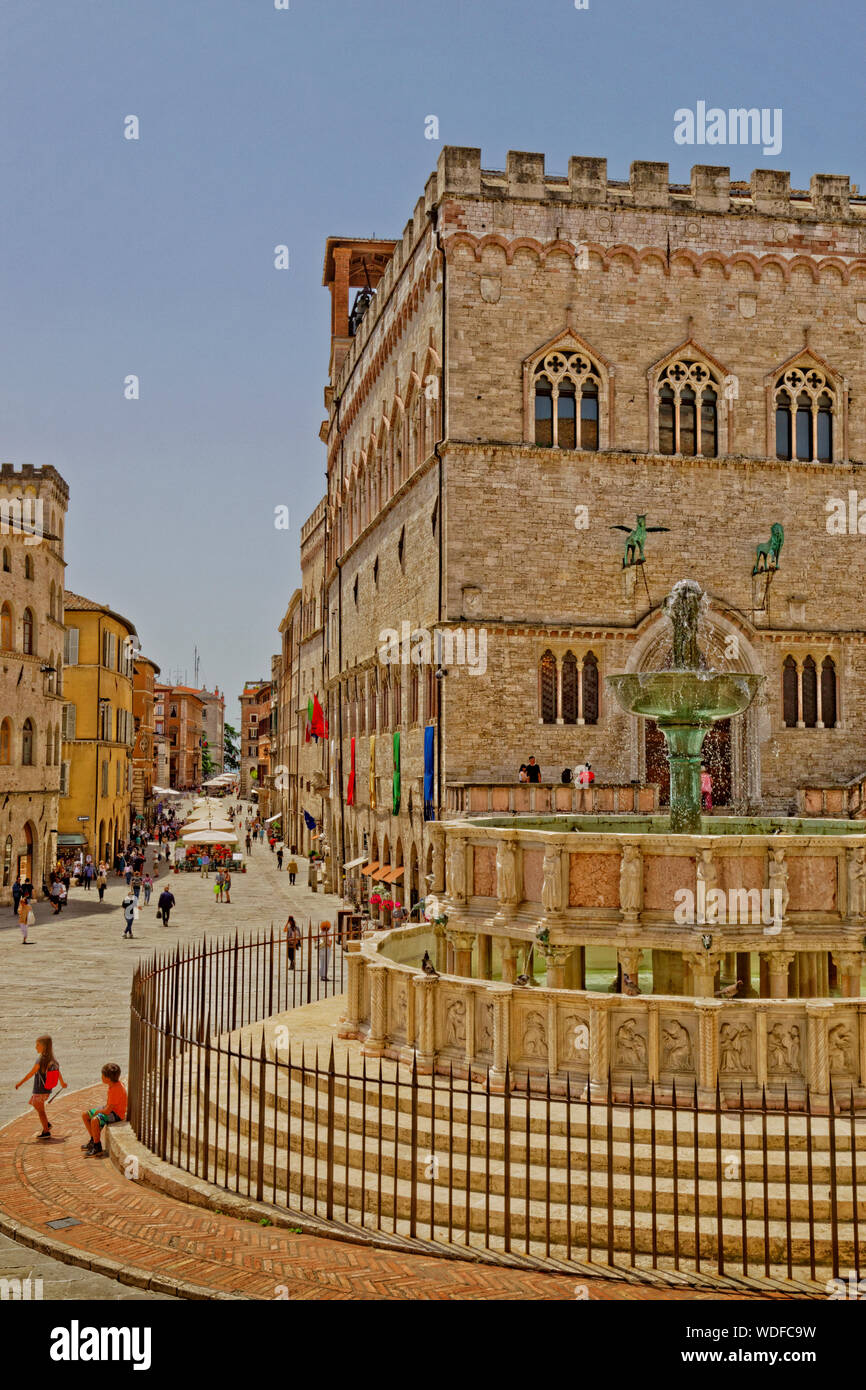 The Fontana Maggiore and the National Gallery of Umbriain the Piazza IV Novembre at Perugia in Umbria Province, Italy. Stock Photo