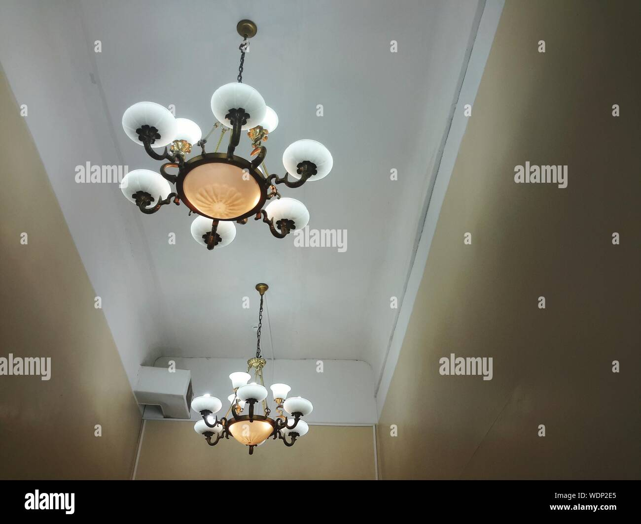 Commode A Langer Angle chandeliers wall stock photos & chandeliers wall stock