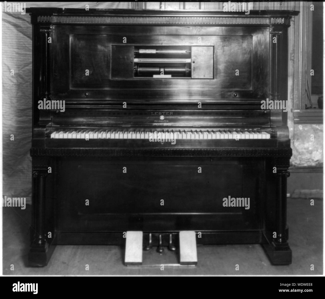 Silent Piano Stock Photos & Silent Piano Stock Images - Alamy