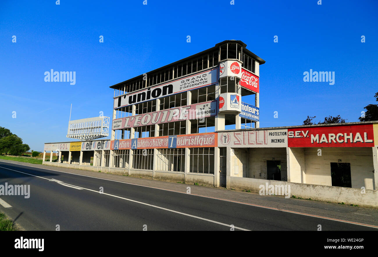 The old motor racing circuit at Gueux near Reims in Champagne, France.  Track and abandoned stands. Stock Photo