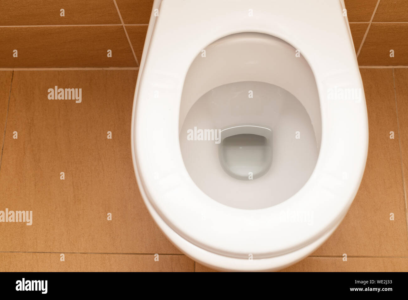 Super White Toilet Bowl At The Bathroom Hygienic Clean Modern Inzonedesignstudio Interior Chair Design Inzonedesignstudiocom