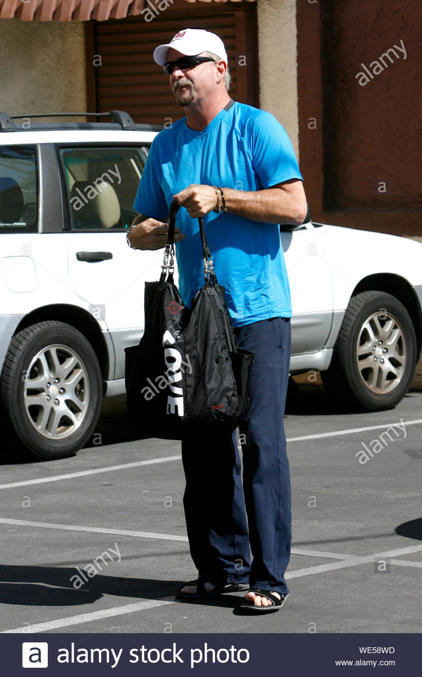 """Hollywood, CA - Bill Engvall gets ready to rehearse for """"Dancing With The Stars"""". AKM-GSI October 17, 2013 Stock Photo"""