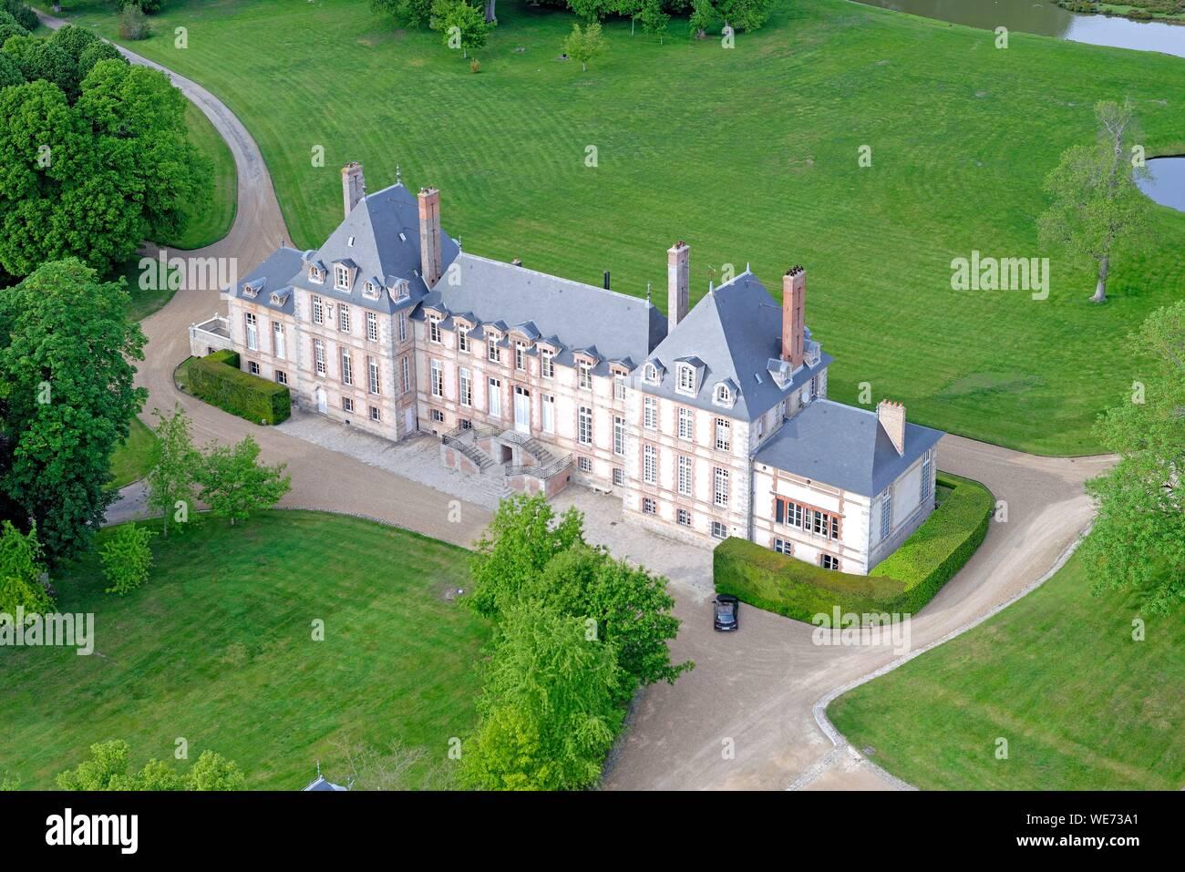 France, Essonne, Saint Cyr sous Dourdan, Castle of Bandeville (aerial view) Stock Photo