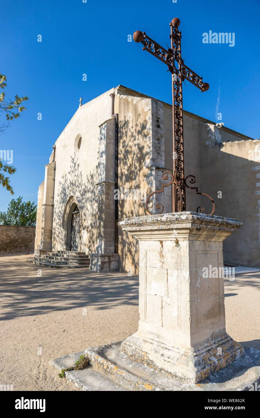 France, Vaucluse, regional natural park of Luberon, Ménerbes, labeled the Most Beautiful Villages of France, the Saint-Luc church Stock Photo