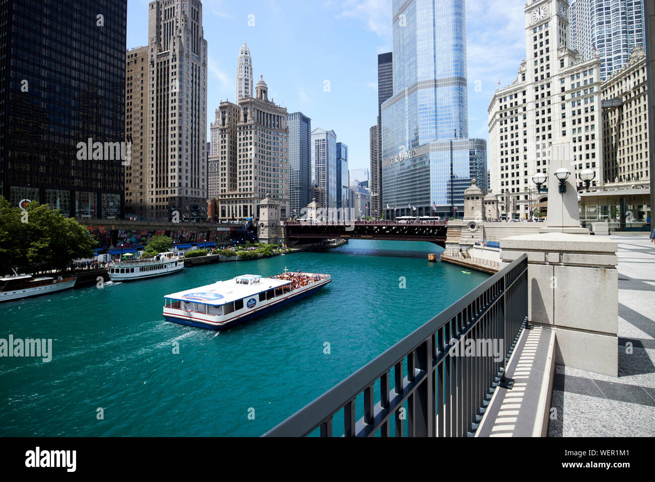 Chicago Waterfront Park Stock Photos & Chicago Waterfront Park ...