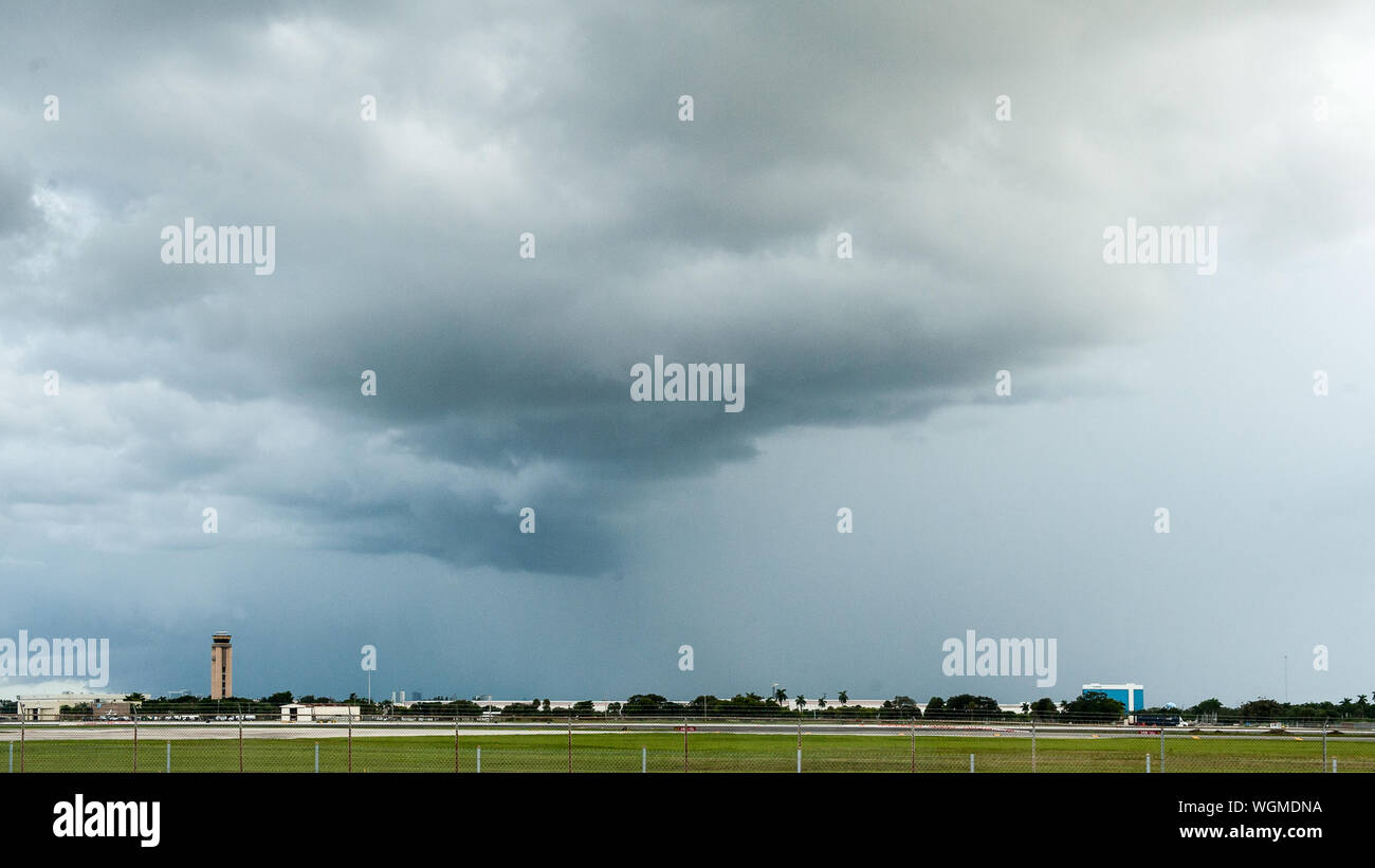 Fort Lauderdale, Florida, USA. 1st Sep, 2019. Rain pours over Fort Lauderdale International Airport as Hurricane Dorian approaches the coast of Florida. Fort Lauderdale is currently under Tropical Storm watch. Credit: Orit Ben-Ezzer/ZUMA Wire/Alamy Live News Stock Photo