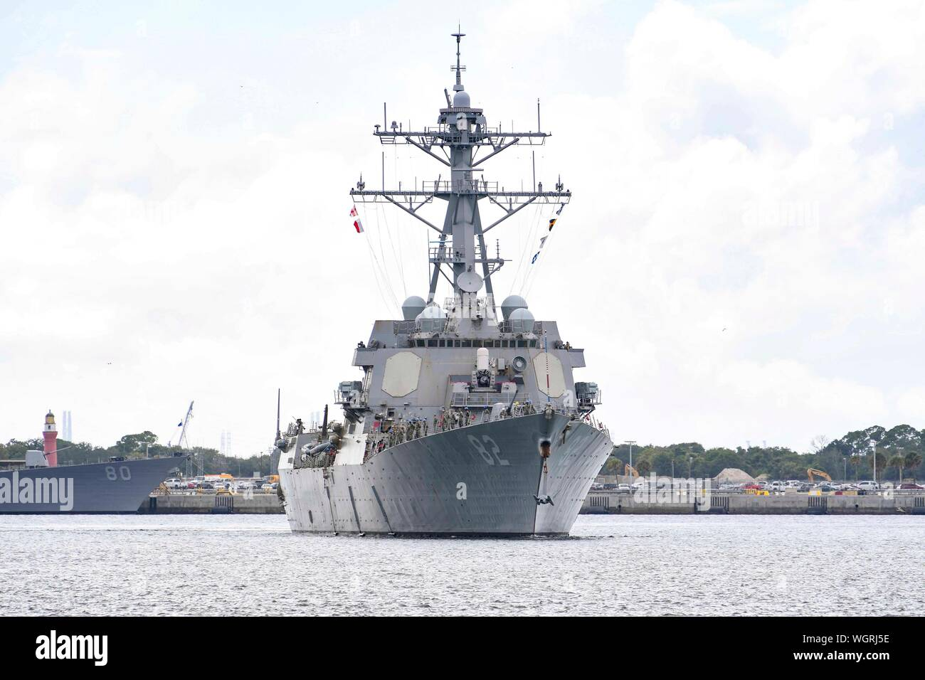 190830-N-DA434-118  JACKSONVILLE, Fla. (Aug. 30, 2019) The Arleigh Burke-class guided-missile destroyer USS Lassen (DDG 82) gets underway from Naval Station Mayport as Commander, U.S. 4th Fleet orders all U.S. Navy ships homeported in the area to sortie ahead of Hurricane Dorian, which is forecasted to bring high winds and heavy rain to the East Coast. Ships are being directed to areas in the Atlantic where they are best postured for storm avoidance.   (U.S. Navy photo by Mass Communication Specialist 3rd Class Alana Langdon/Released) Stock Photo