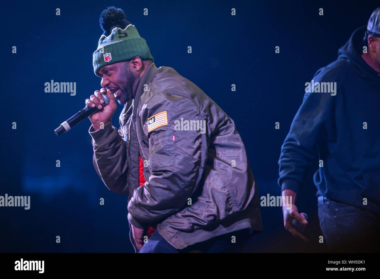 "Art Hot The Wu-Tang Clan RZA Rap Music Group Star Poster 24x36/"" 27/"" P-671"