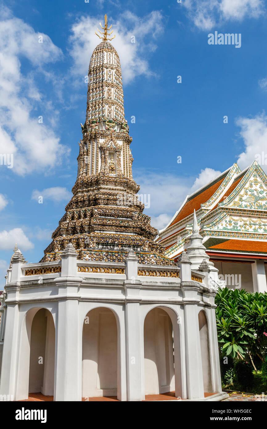 Big Thai style stupa (chediI) at Wat Thepthidaram, Bangkok, Thailand. Vertical image. Stock Photo
