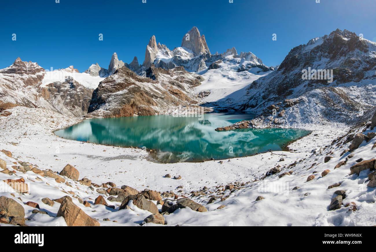 Mount Fitz Roy rising from Lago de los Tres, Los Glaciares National Park, UNESCO World Heritage Site, El Chalten, Patagonia, Argentina, South America Stock Photo
