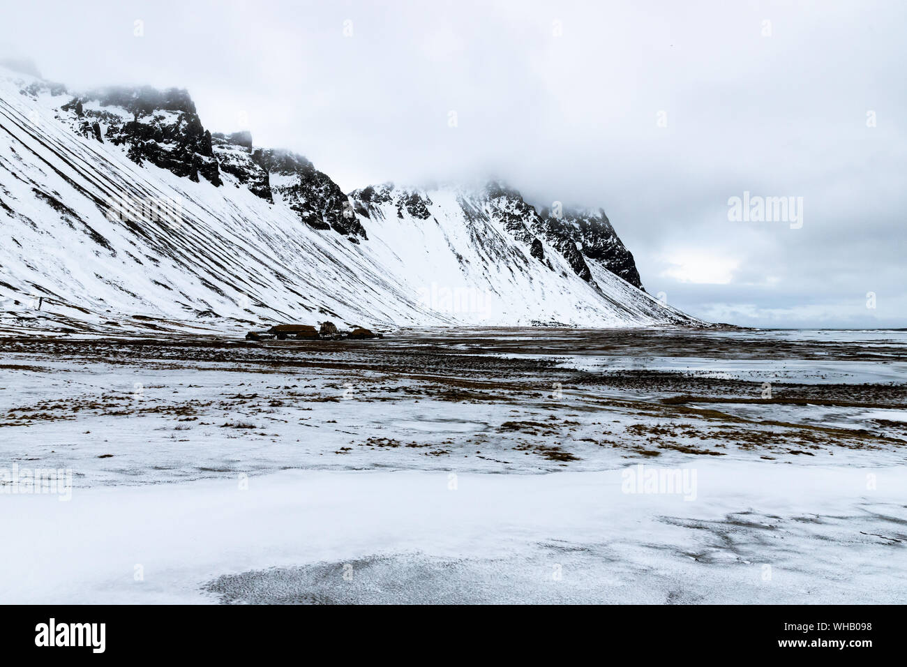 Stokksnes peninsula with Vestrahorn mountains in the background Stock Photo