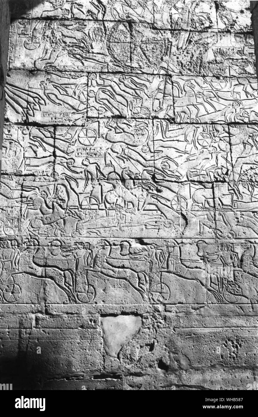 Hittites being defeated by Ramses 2nd (II) at the battle of Kadesh (c. 1286 BC). Relief in the Ramesseum, Thebes, across the River Nile from Luxor, upper Egypt. Decorated . . Stock Photo