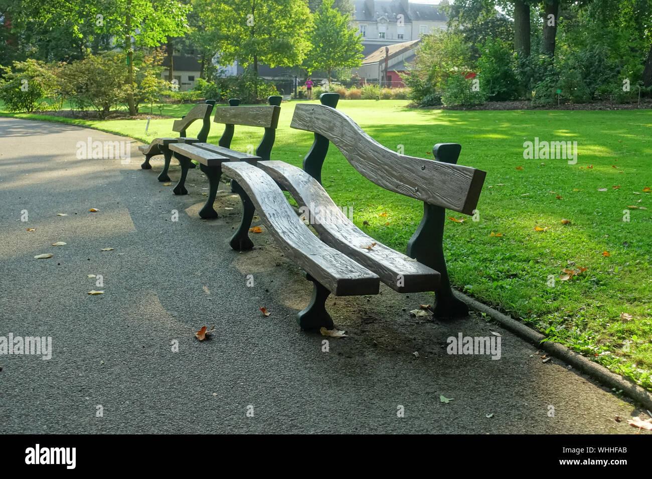 Nantes, Jardin des Plantes, les Togobans von Claude Ponti ...