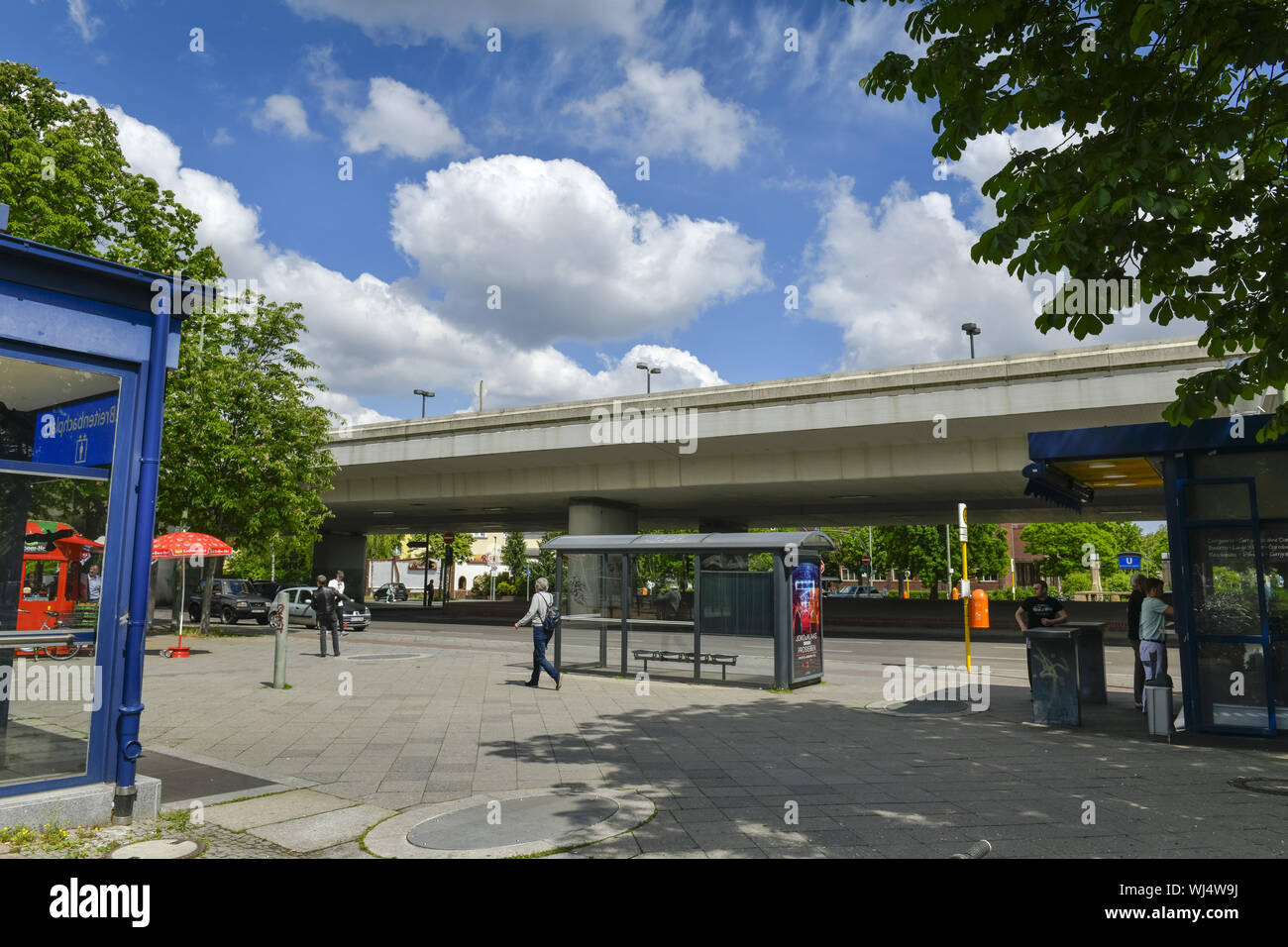 Car, highway bridge, highway bridge, cars, motor traffic, construction sin, Berlin, wide brook place, bridge, bridge, Dahlem, Dahlemer, Germany, nasti Stock Photo