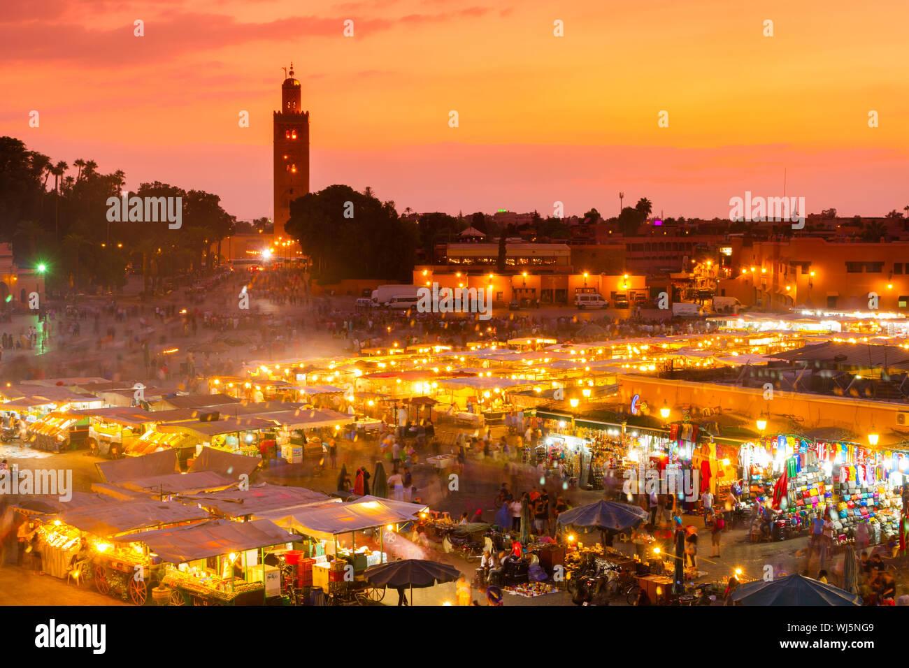 Jamaa el Fna also Jemaa el Fnaa, Djema el Fna or Djemaa el Fnaa is a square and market place in Marrakesh's medina quarter (old city). Marrakesh, Moro Stock Photo