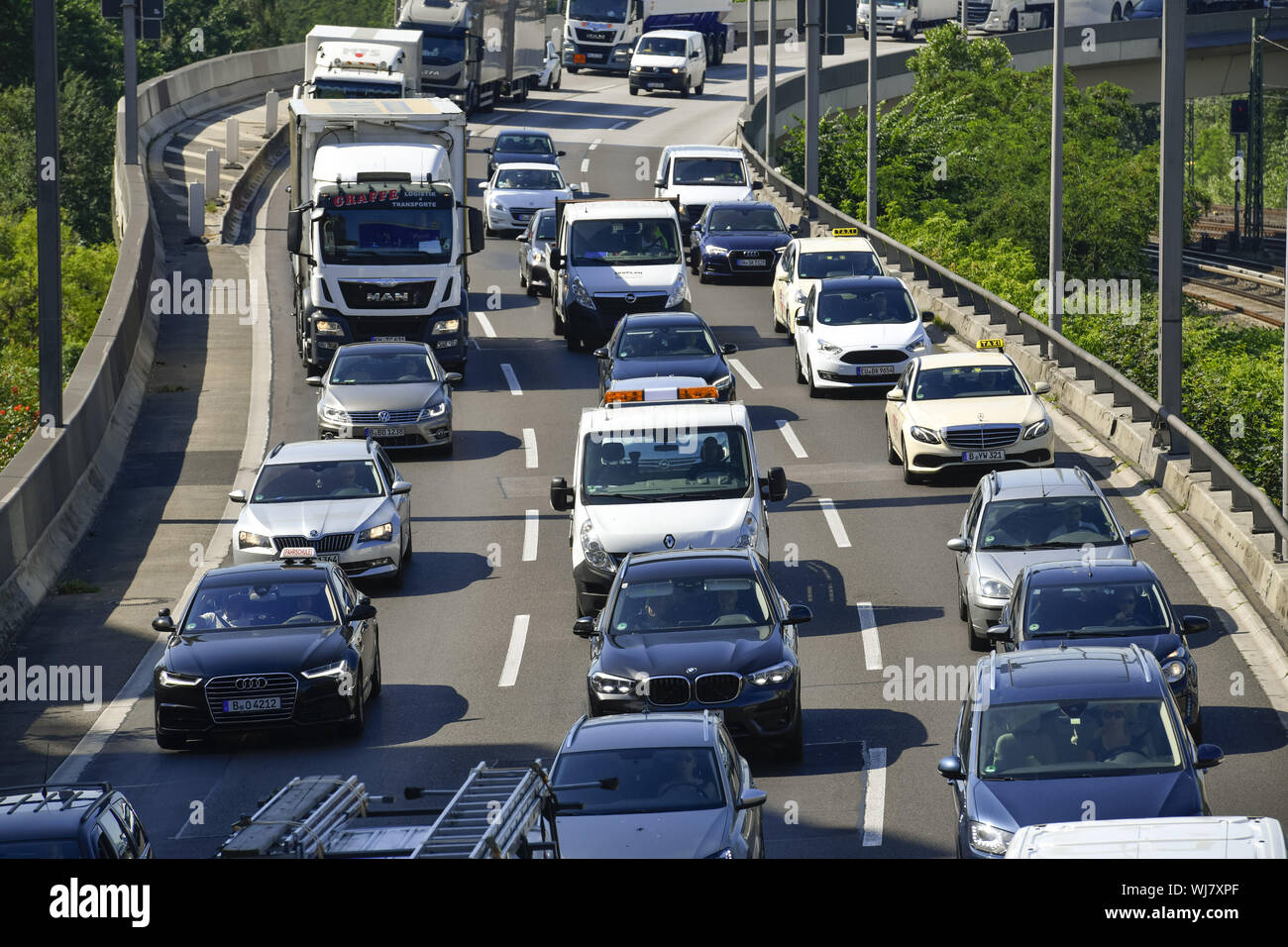 Car, highway, cars, motor traffic, Berlin, Charlottenburg-Wilmersdorf, Germany, town highway, town ring, traffic jam, stops, street, street, traffic, Stock Photo