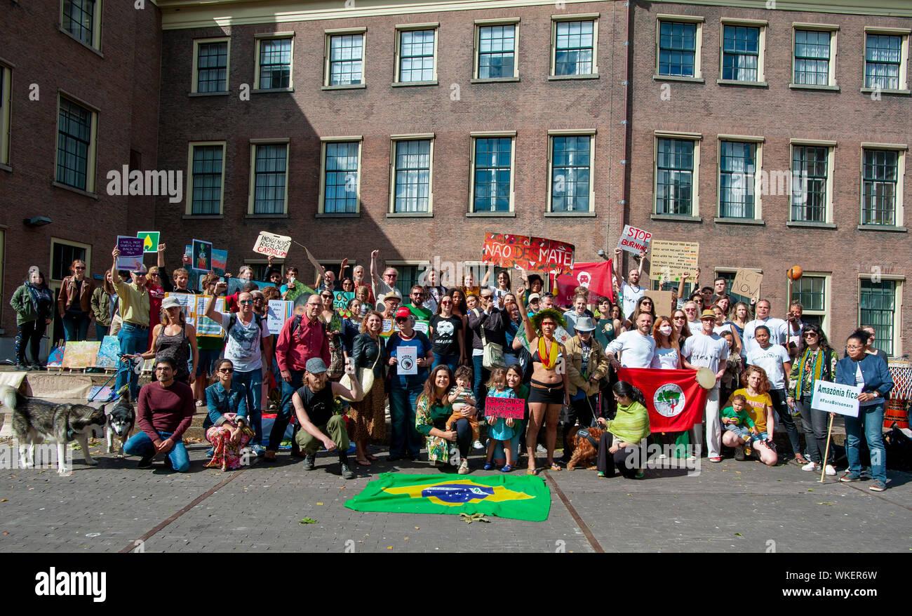 SOS Amazonia. The Hofplaats, The Hague, The Netherlands. Sunday 1st September, 2019. The Brazilian community of The Hague hold an anti-President Jair Stock Photo