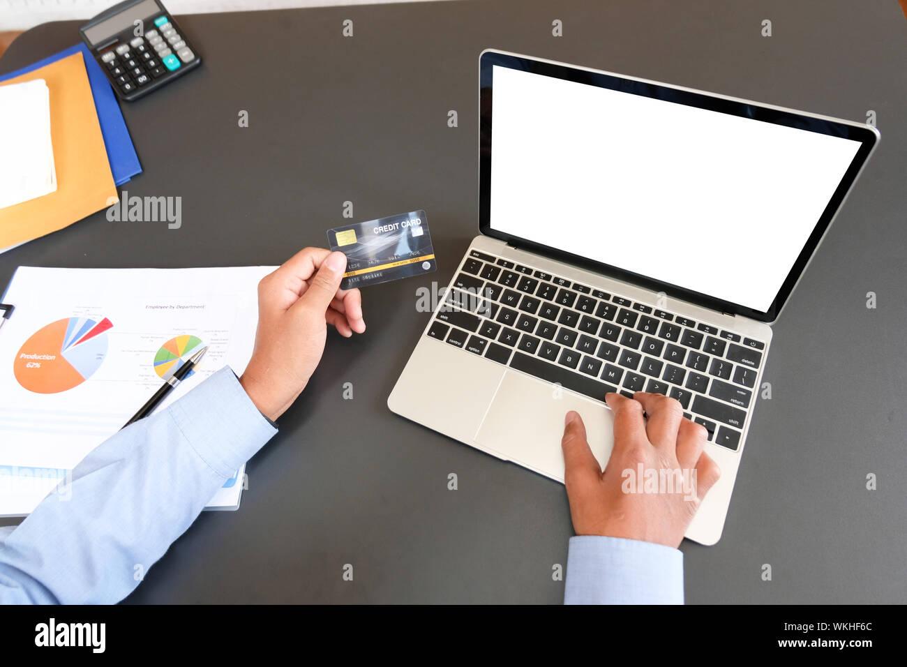 Кредит на компьютер онлайн где взять потребительский кредит без страховки