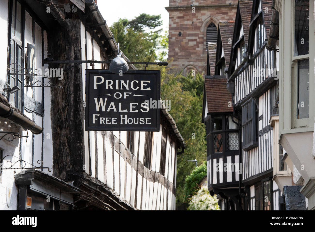 Prince of wales free house sign. 16th century timber framed period building. Church lane, Ledbury Herefordshire. England Stock Photo