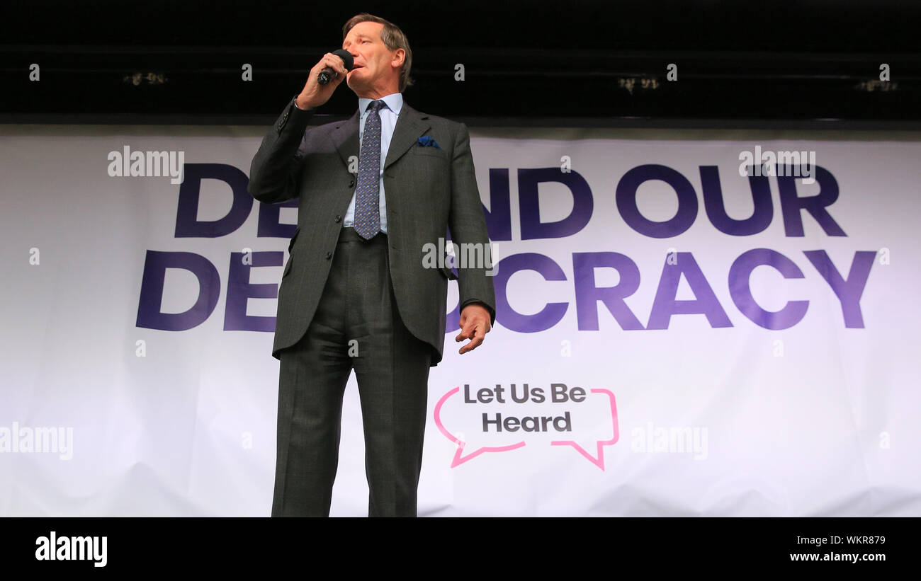 Westminster, London, 04th Sep 2019. Dominic Grieve, MP. Politicians speak passionately on stage. speaks at the People's Vote Rally in Parliament Square, Westminster, with the aim to get a final vote on Brexit. Many of the speakers shortly afterwards rush into Parliament to cast their votes in another round of crucial Brexit related decisions to be taken. Credit: Imageplotter/Alamy Live News Stock Photo