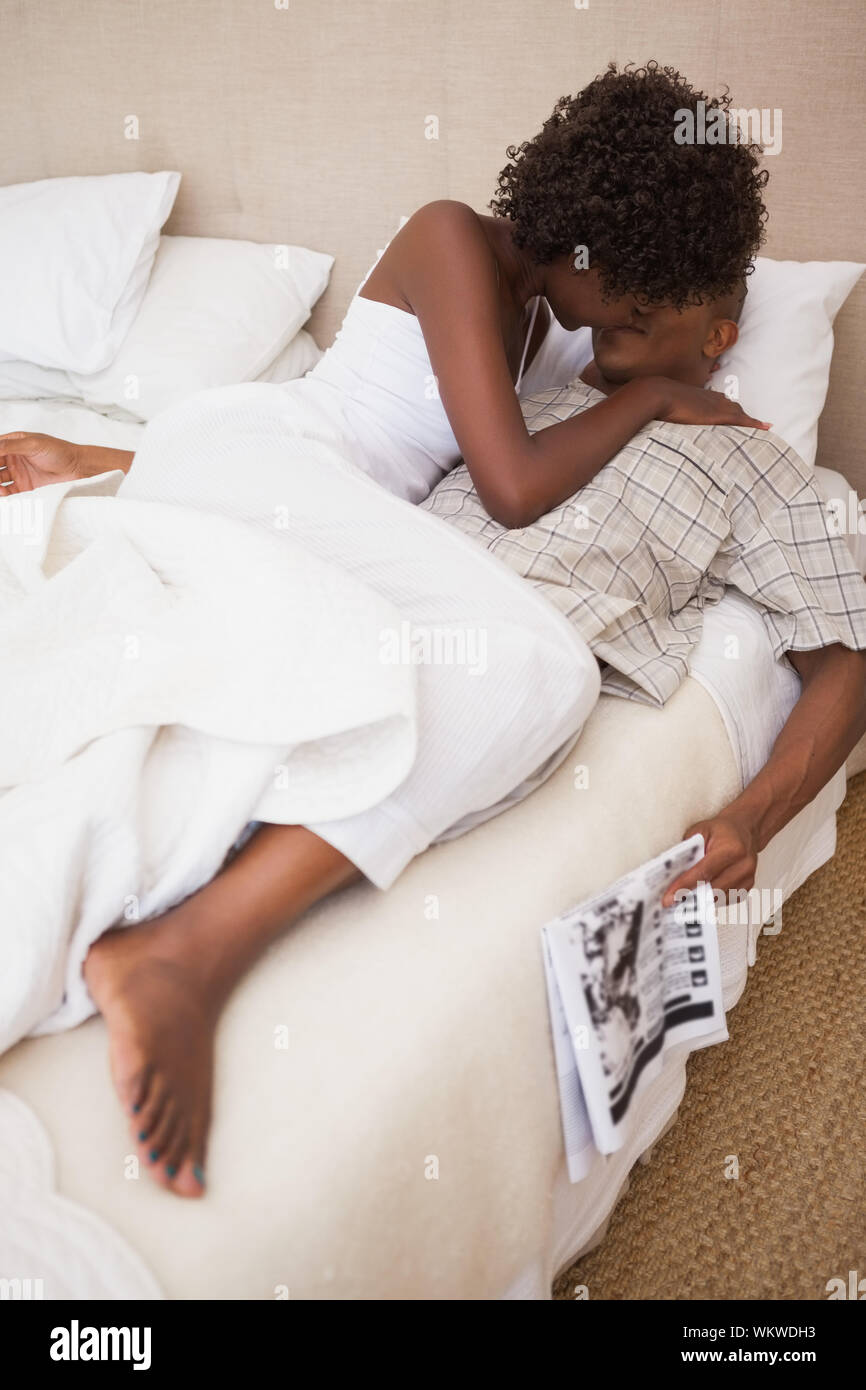 Couple Bedroom Love Romance Kiss Intimacy Bed High Resolution Stock Photography And Images Alamy