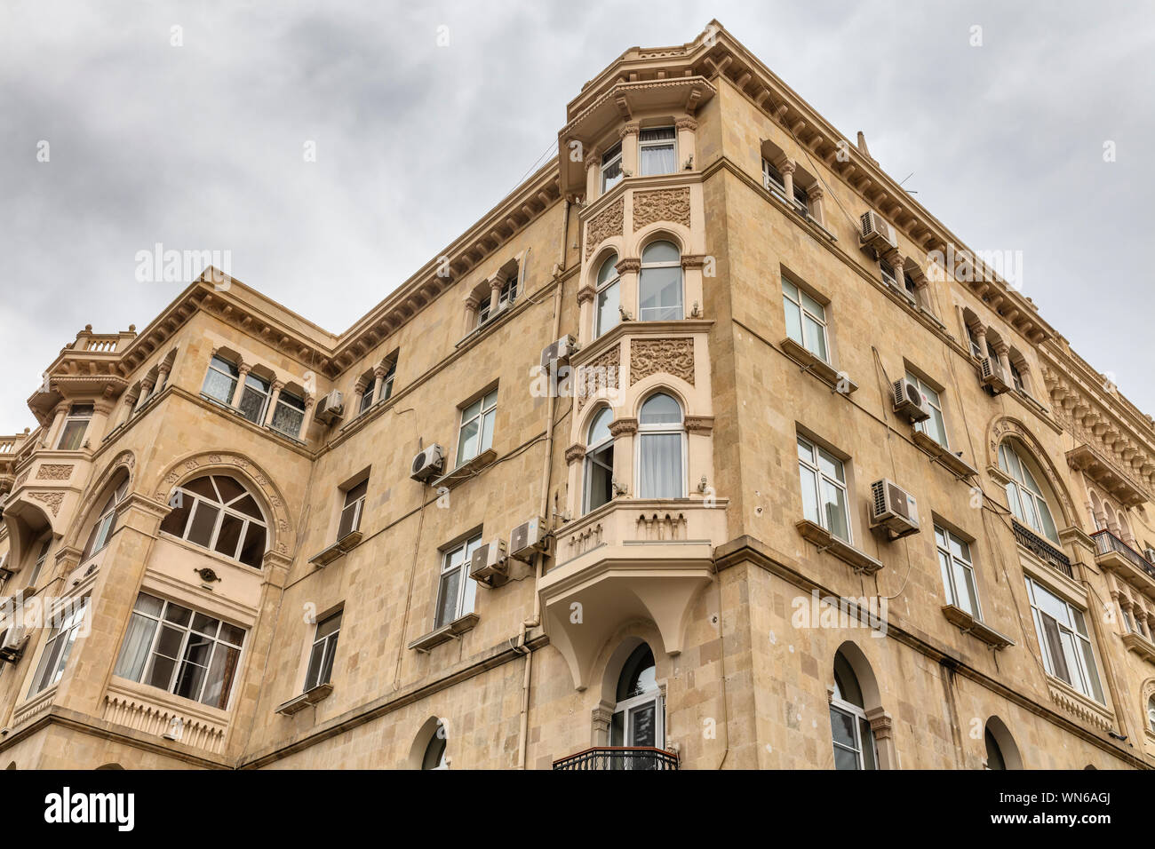 Vintage Apartment Building Baku Azerbaijan Stock Photo Alamy