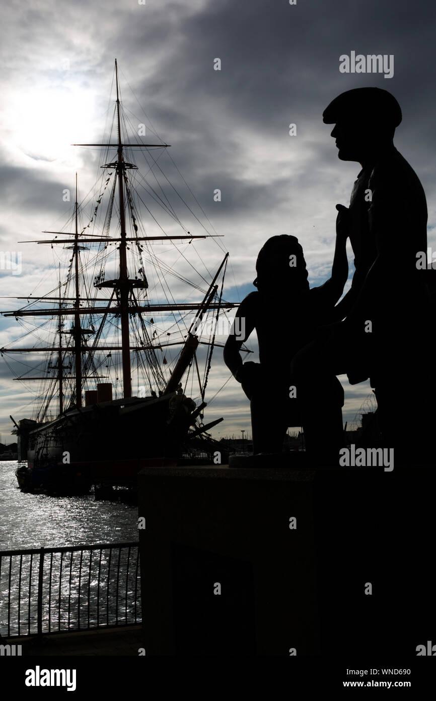 Mudlarks,Statue,children,retrieving,coins,Hard,Mudlarking,HMS Warrior,Naval,Docks,Portsmouth,Hampshire,England,UK, Stock Photo