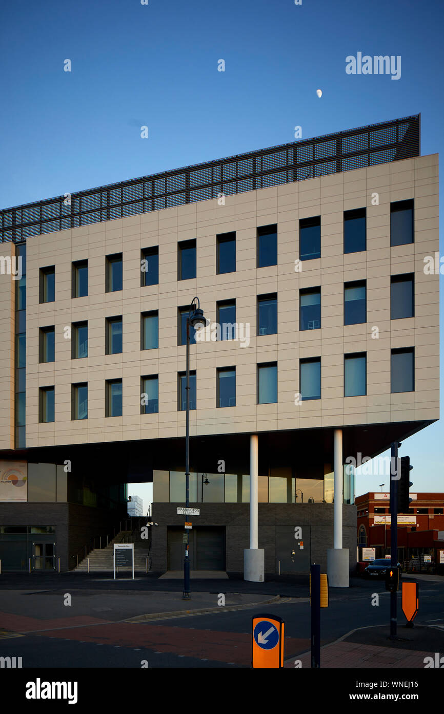 Tameside One council offices Ashton-under-Lyne built former site council administrative offices by Scottish Robertson one largest independent construc Stock Photo