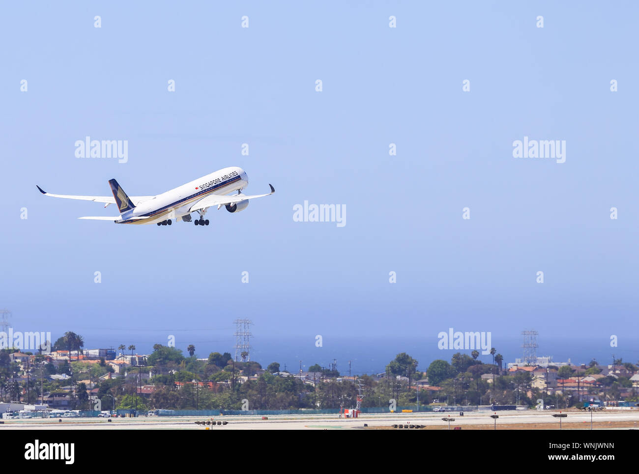Los Angeles, California, USA - May 22, 2019: A Singapore Airlines Airbus A350 takes off from Los Angeles International Airport (LAX). Stock Photo