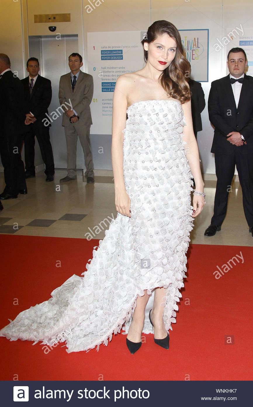 Cannes France Laetitia Casta At The Grace Of Monaco Screening