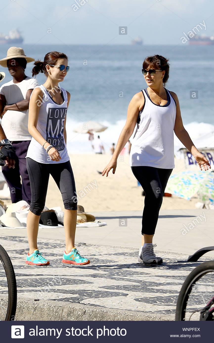 Beach camilla belle Camila Cabello