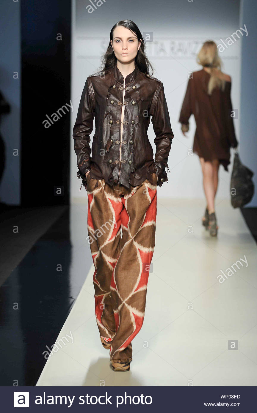 Milan Italy Italian Fashion Designer Simonetta Ravizza Shows Off Her New Spring Summer 2013 Fashion Collection At Milan Fashion Week In Italy Akm Gsi September 19 2012 Stock Photo 271684657 Alamy