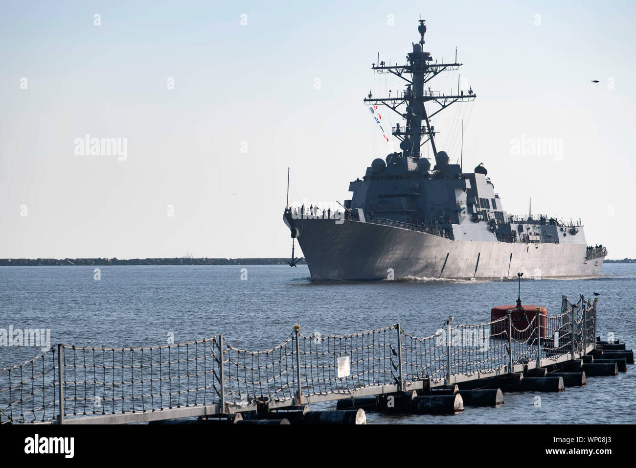 190906-N-DA434-029    JACKSONVILLE, Fla. (Sept. 6, 2019) The Arleigh Burke-class guided-missile destroyer USS Paul Ignatius (DDG 117) returns to Naval Station Mayport. Commander, U.S. 4th Fleet ordered all U.S. Navy ships homeported at Naval Station Mayport to sortie ahead of Hurricane Dorian on Aug. 30, 2019. Dorian brought high winds and heavy rain to the area.  (U.S. Navy photo by Mass Communication Specialist 3rd Class Alana Langdon/Released) Stock Photo
