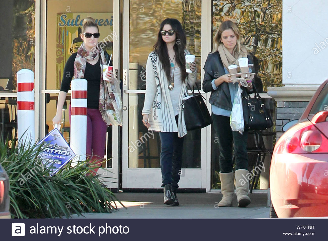 burbank ca after selena gomez grabbed some lunch from mcdonalds earlier today she made her way https www alamy com burbank ca after selena gomez grabbed some lunch from mcdonalds earlier today she made her way to the studio and during her break got some quality time with her gal pals as they made a coffee run to starbucks and picked up some food from subway the actresssinger recently ended her relationship with justin bieber and it appears that she is doing just fine without him with recent rumors of the young starlet hitting it off with the hunger games star josh hutchinson at the golden globe awards and reports that selena was getting super close and holding hands with her monte carlo image271690317 html