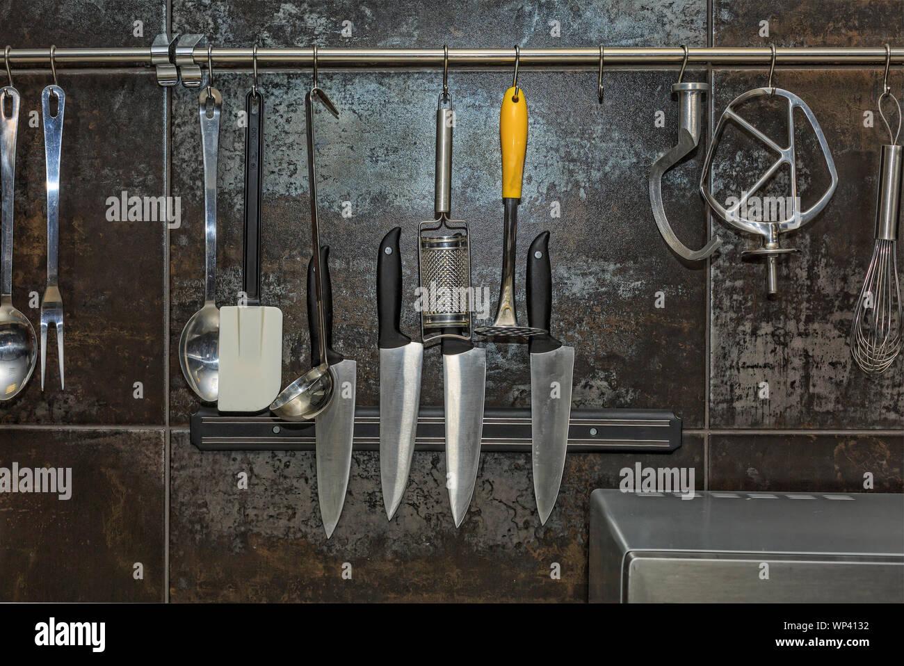 kitchen utensil holder, magnetic knife rack kitchen ...