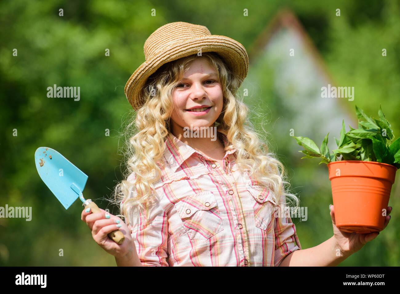 Работа на лето девушка модели коммуникаций курсовая работа