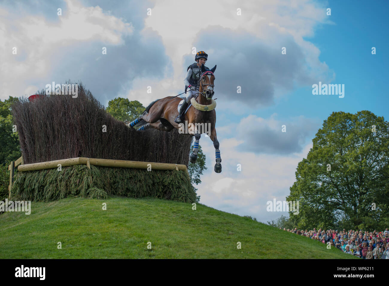 Stamford, UK, Saturday 7th September, 2019. Elisabeth Halliday-Sharp (USA) riding Deniro Z during the Land Rover Burghley Horse Trials,  Cross Country phase. © Julie Priestley/Alamy Live News Stock Photo