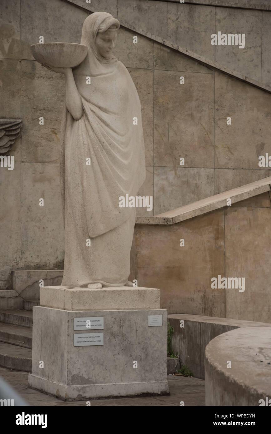 Paris, Palais de Tokyo, Skulptur Stock Photo
