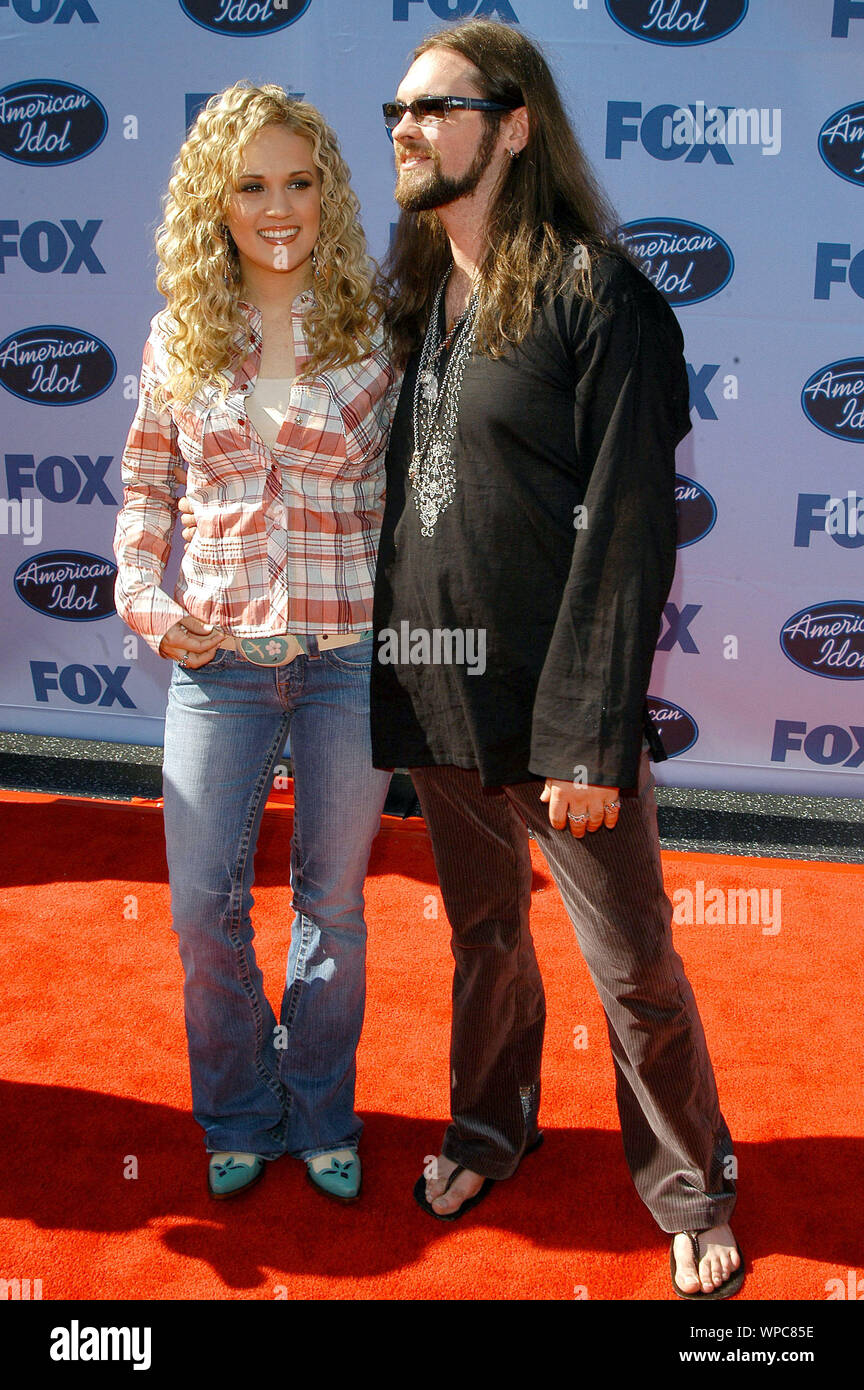Carrie Underwood And Bo Bice At The American Idol Season 4 Grand Finale Arrivals Held At The Kodak Theatre In Hollywood Ca The Event Took Place On Wednesday May 25 2005