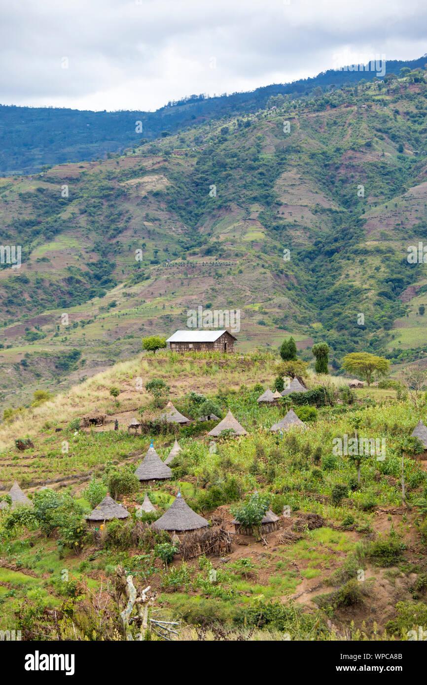 Remote Ethiopian village in the mountains of Ethiopia near Arba Minch. Stock Photo