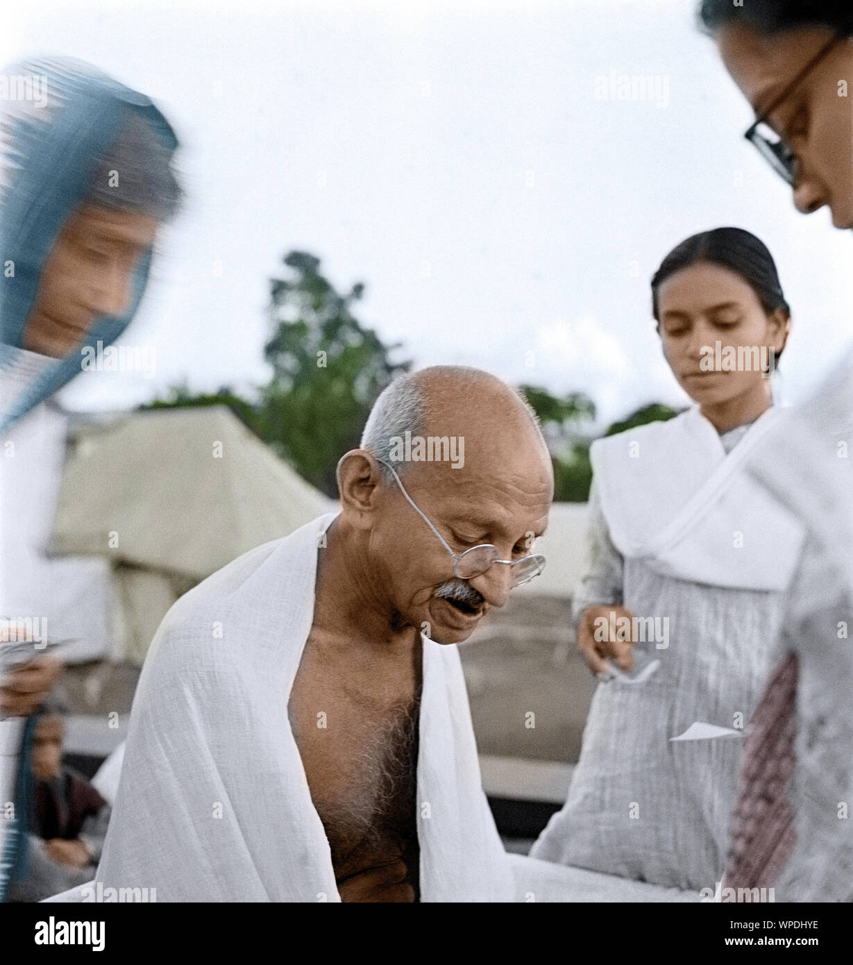 Mahatma Gandhi after prayer meeting, Sevagram, Wardha, India, Asia, October 2, 1944 Stock Photo