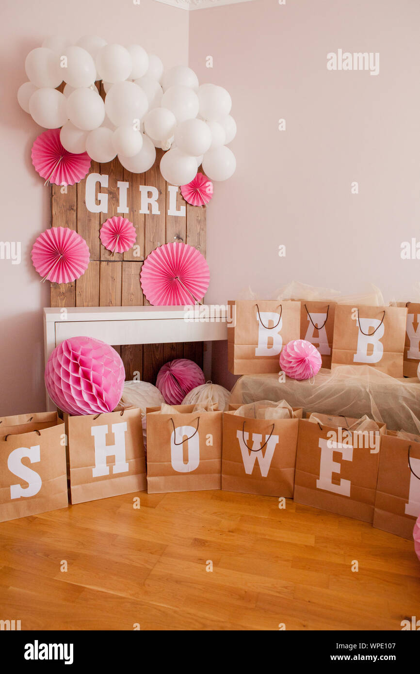 Decoracion Para Fiesta De Baby Shower.It S A Girl Baby Shower Decoration For Party Stock Photo