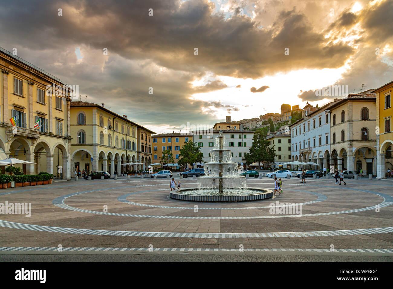 Arnolfo Di Cambio square, Colle Val D'elsa Stock Photo