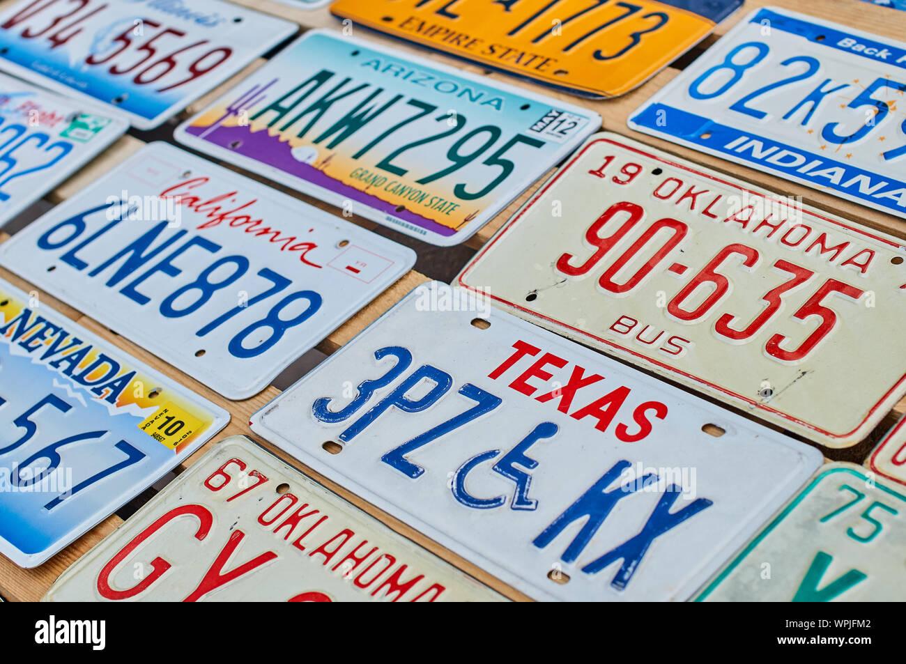 "Arizona City Names Custom Aluminum Vanity Car License Plate /""Wickenburg/"""