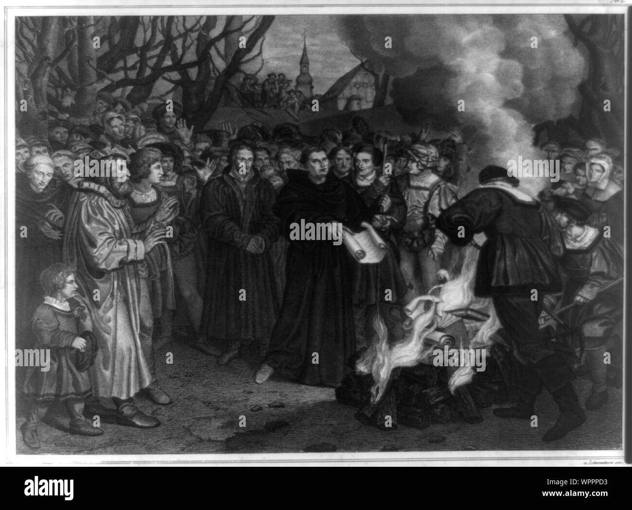 Luther verbrennt die päpstliche Bulle und das canonishe Recht vor Witteneberg, am 10 December 1520 Abstract: Print shows a small crowd gathered to watch Martin Luther burn the papal bull Exsurge Domine from Leo X (condemning Luther's ideas and threatening him with excommunication) and the canon law in front of a church in Wittenberg. Stock Photo