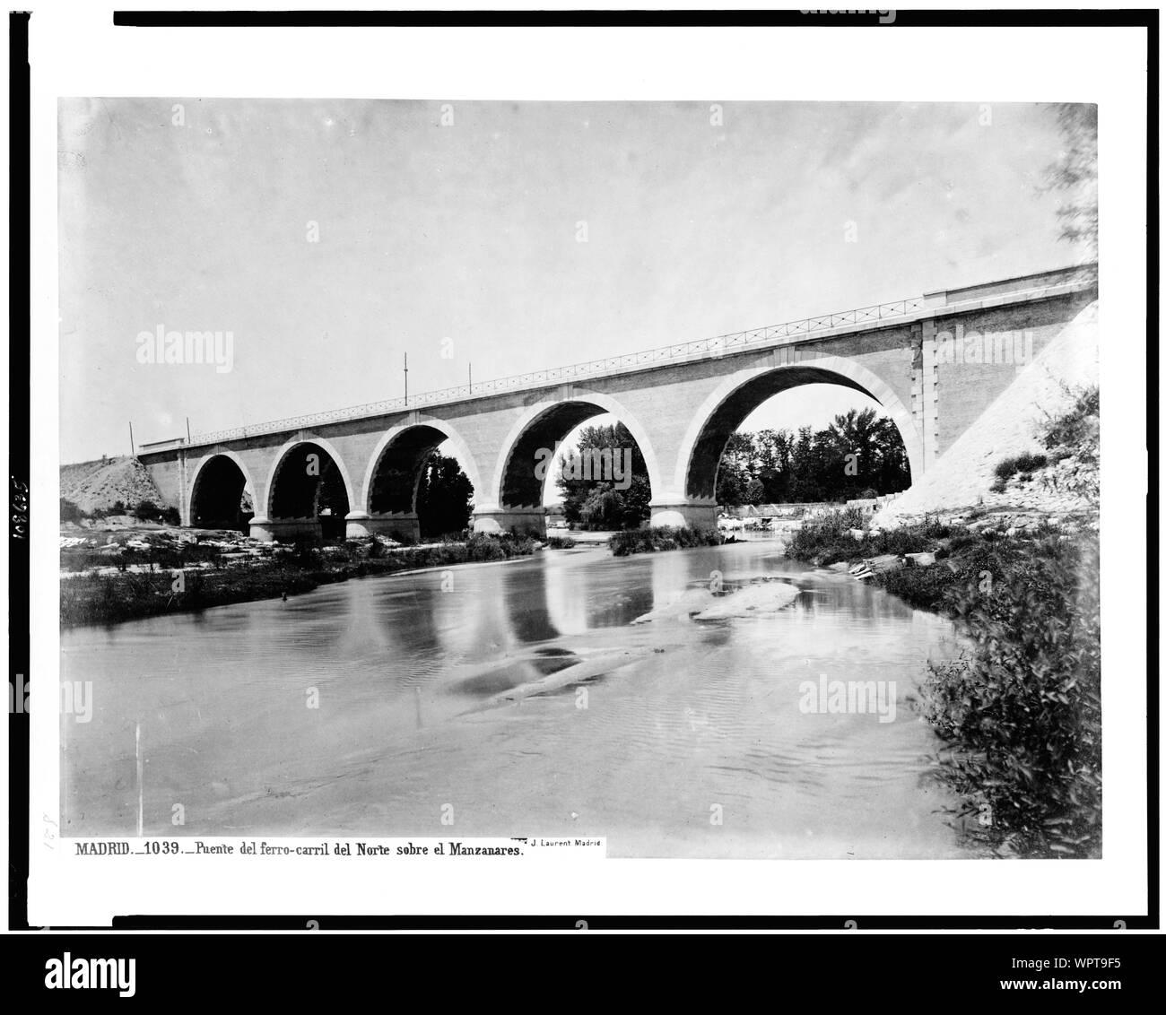 Madrid. Puente del ferro-carril del Norte sobre el Manzanares / J. Laurent. Madrid. Stock Photo